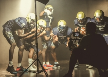 save off c82b6 9c40a The Netflix Original series Last Chance U is now available to watch. The  third season of the hit series chronicles the 2017 season of the  Independence ...